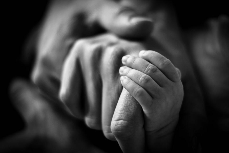 Làm từ thiện được gì? Chính là lòng yêu thương con người và biết chia sẻ khó khăn với người xung quanh